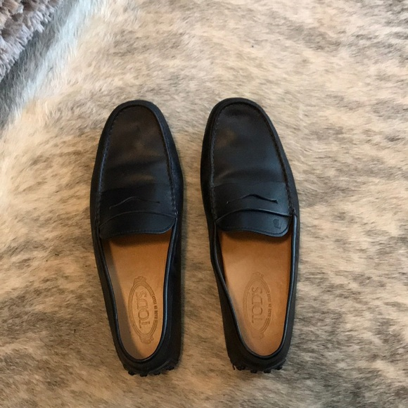 feb27cad025 Tod s Black Loafer  Gommino Driving Shoes Leather.  M 5a4d181384b5ce7e7d01aba1